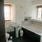 Willington Farmhouse, Willington, near Shipston on Stour First floor: Bathroom, shower and wc