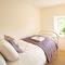 Rose Cottage (Dorset), Powerstock First floor: Single bedroom with 3ft beds