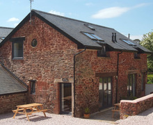 Snaptrip - Last minute cottages - Cosy Collaton St Mary Cottage S34089 -