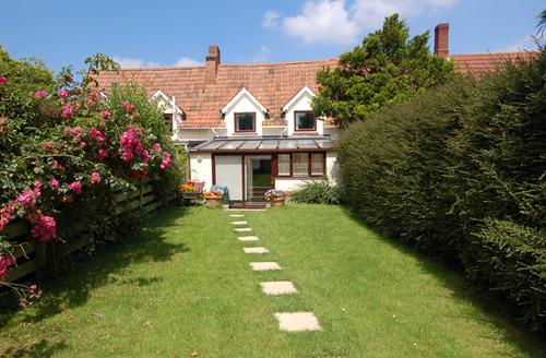 Snaptrip - Last minute cottages - Quaint Stringston Cottage S34123 -