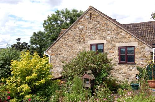 Snaptrip - Last minute cottages - Excellent Buckland Dinham Cottage S34131 -