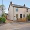 Snaptrip - Last minute cottages - Lovely Pennington Cottage S102134 - Alex exterior_R