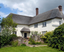 Snaptrip - Last minute cottages - Quaint Branscombe Cottage S34209 -
