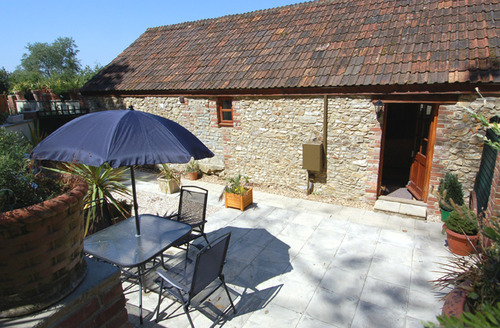 Snaptrip - Last minute cottages - Inviting Axminster Cottage S34226 -
