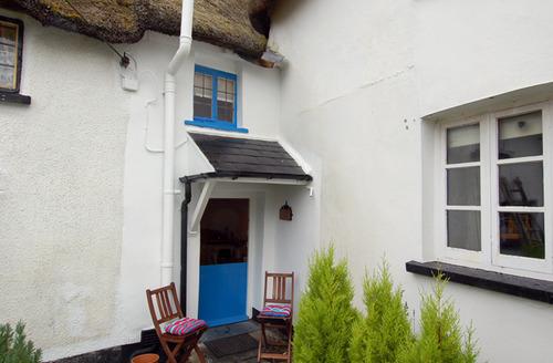 Snaptrip - Last minute cottages - Gorgeous Petrockstowe Cottage S34262 -