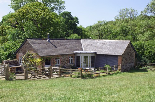 Snaptrip - Last minute cottages - Beautiful Roborough Cottage S34272 -