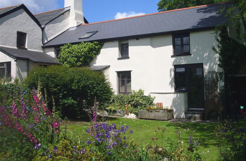 Snaptrip - Last minute cottages - Stunning Lifton Cottage S34275 -