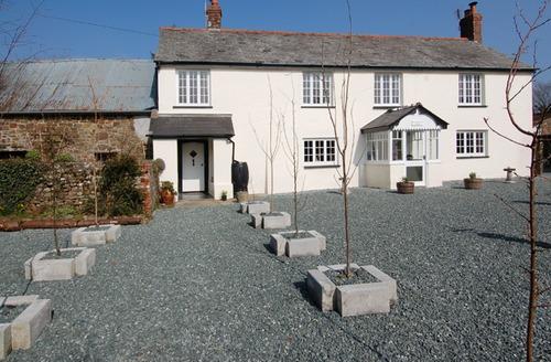 Snaptrip - Last minute cottages - Wonderful Holsworthy Cottage S34306 -