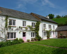 Snaptrip - Last minute cottages - Tasteful Bickleigh Cottage S34310 -