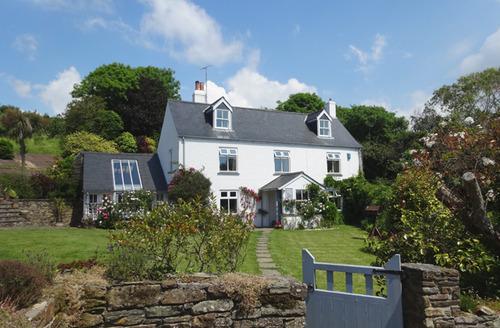 Snaptrip - Last minute cottages - Wonderful South Pool Cottage S34422 -