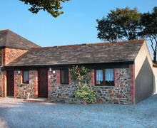 Snaptrip - Last minute cottages - Stunning Chilsworthy Apartment S34463 -