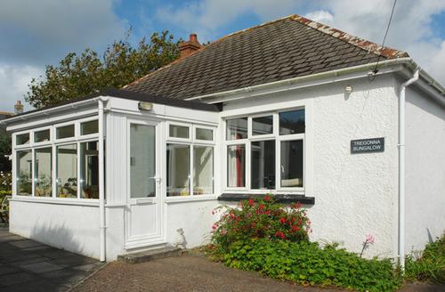 Snaptrip - Last minute cottages - Exquisite Little Petherick Cottage S34499 -