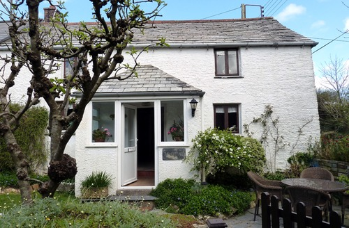 Snaptrip - Last minute cottages - Wonderful St Issey Cottage S34507 -