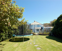 Snaptrip - Last minute cottages - Gorgeous Bossiney Cottage S34549 -