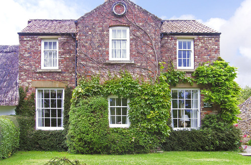 Snaptrip - Last minute cottages - Excellent York House S3295 -