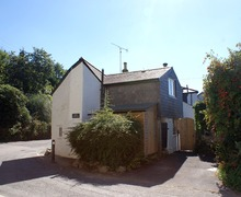 Snaptrip - Last minute cottages - Captivating Lerryn Cottage S34617 -