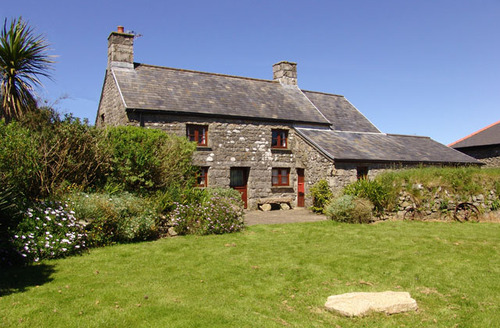 Snaptrip - Last minute cottages - Excellent Dowran Cottage S34729 -