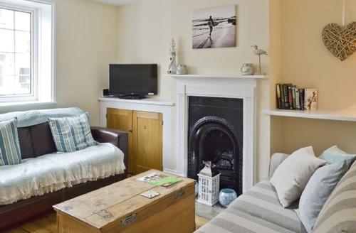 Snaptrip - Last minute cottages - Charming Ventnor Cottage S34741 -