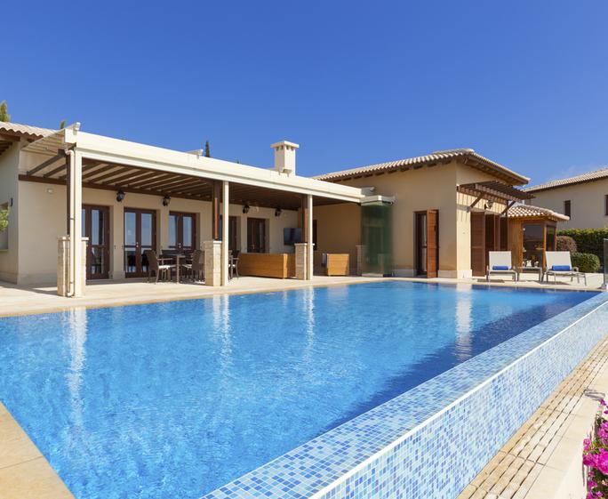 Villa Tee