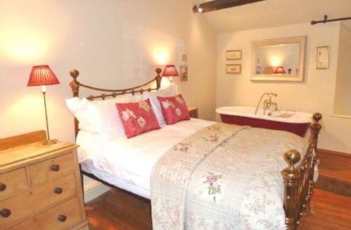 Snaptrip - Last minute cottages - Inviting Ambleside Cottage S347 -