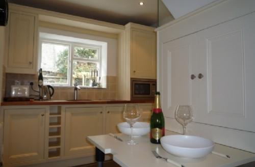 Snaptrip - Last minute cottages - Inviting Keswick Cottage S359 -
