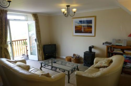 Snaptrip - Last minute cottages - Beautiful Penrith House S430 -