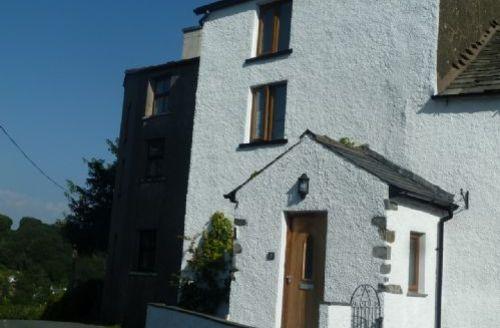 Snaptrip - Last minute cottages - Wonderful Ulverston Cottage S458 -