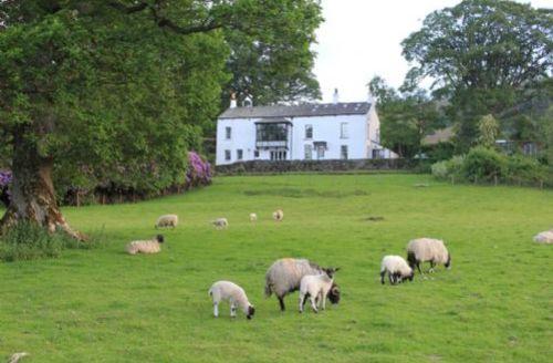 Snaptrip - Last minute cottages - Superb Keswick End S483 -
