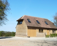 Snaptrip - Holiday cottages - Exquisite Ashford Cottage S13537 -