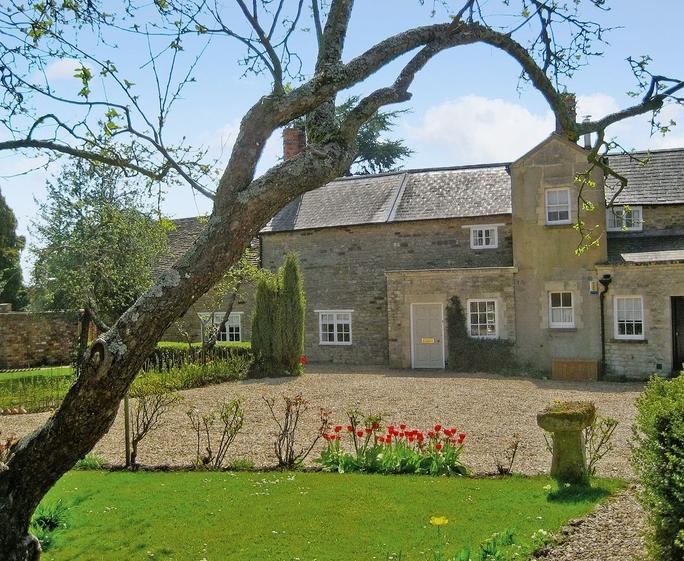 The Manor House - 28309 Exterior | The Manor House, Shutlanger, nr. Towcester