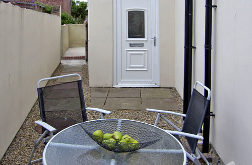 Snaptrip - Last minute cottages - Lovely Morpeth Apartment S3392 -