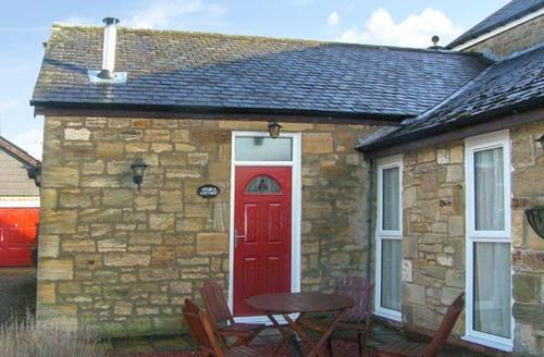 Snaptrip - Last minute cottages - Quaint Morpeth Cottage S3400 -