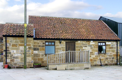 Snaptrip - Last minute cottages - Beautiful Middlesbrough Cottage S3412 -