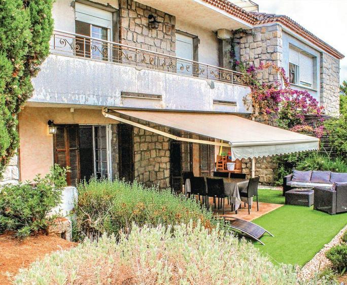 Appartement de Jardin Exterior | Appartement de Jardin, Pietrosella