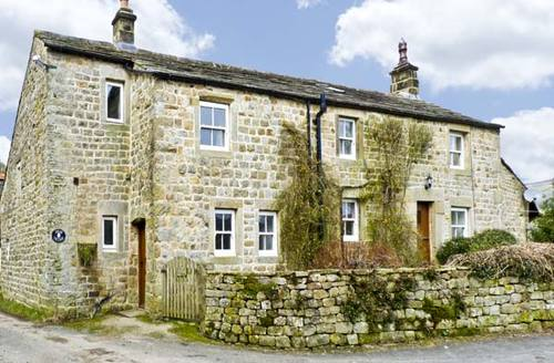 Snaptrip - Last minute cottages - Excellent Harrogate Cottage S3464 -