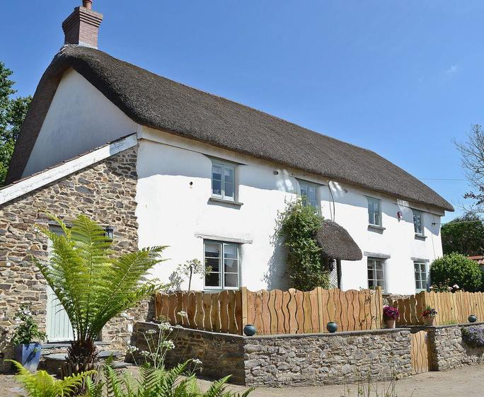 Sweet Bay Cottage Exterior | Sweet Bay Cottage, Tawstock, Barnstaple