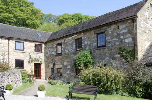 Snaptrip - Last minute cottages - Splendid Matlock Grange S3520 -