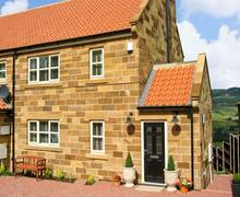 Snaptrip - Last minute cottages - Splendid Whitby Cottage S3544 -