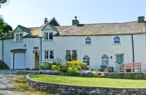 Snaptrip - Last minute cottages - Excellent Ulverston Woodend S3551 -
