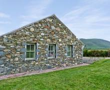 Snaptrip - Last minute cottages - Luxury Millom Cottage S3578 -