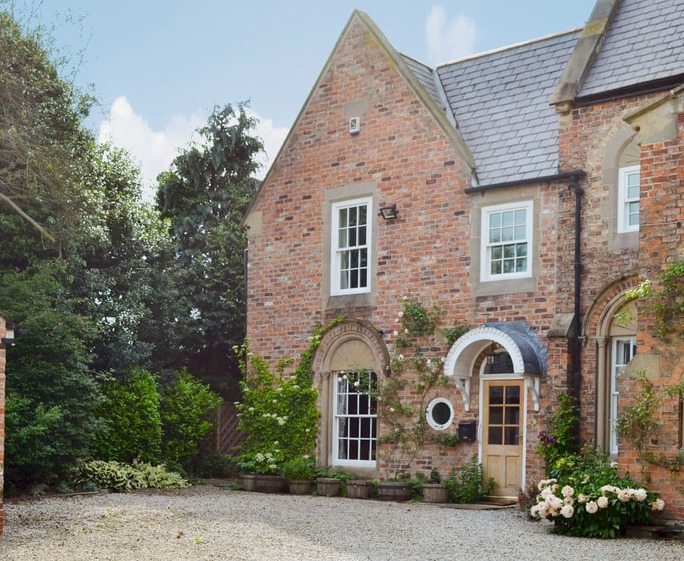 The Vestry Beautifully presented property | The Vestry, Roecliffe, near Harrogate