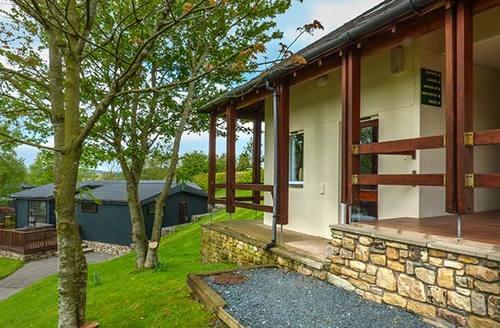 Snaptrip - Last minute cottages - Gorgeous High Casterton Cottage S37137 -
