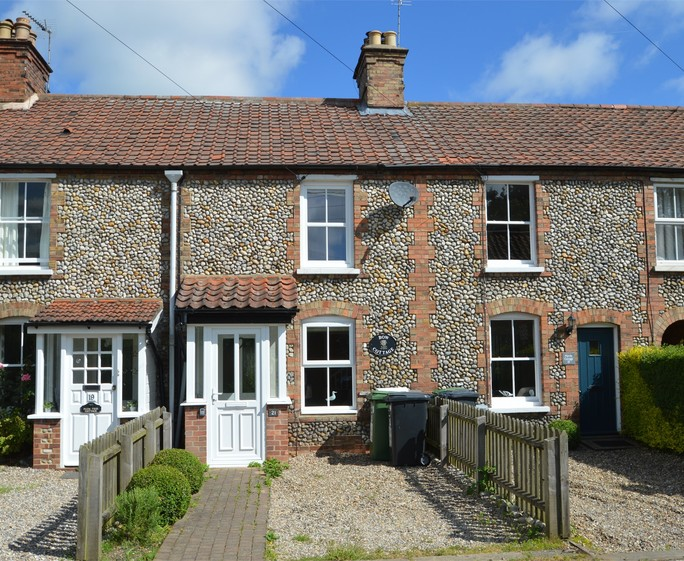 quaint norfolk cottage s128337 2 bedrooms norfolk east of england rh lastminute cottages co uk last minute norfolk coastal cottages