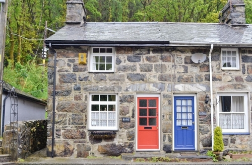 Snaptrip - Last minute cottages - Delightful Beddgelert Cottage S37423 -