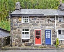 Snaptrip - Last minute cottages - Delightful Beddgelert Cottage S37423 -