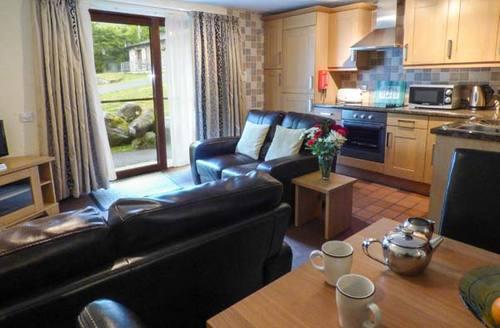 Snaptrip - Last minute cottages - Gorgeous Swansea Cottage S37604 -