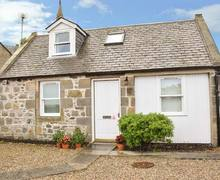 Snaptrip - Last minute cottages - Lovely Buckie Cottage S37605 -