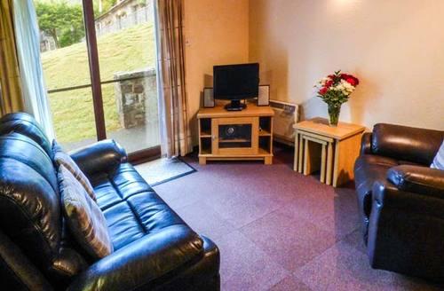 Snaptrip - Last minute cottages - Charming Swansea Cottage S37606 -