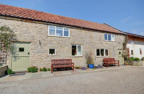 Snaptrip - Last minute cottages - Adorable Levisham Cottage S37683 - Exterior - View 1