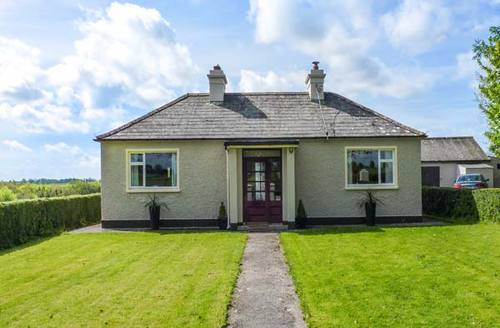 Snaptrip - Last minute cottages - Cosy Roscommon Cottage S37717 -